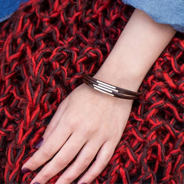 دستبند چرم و طلا N500