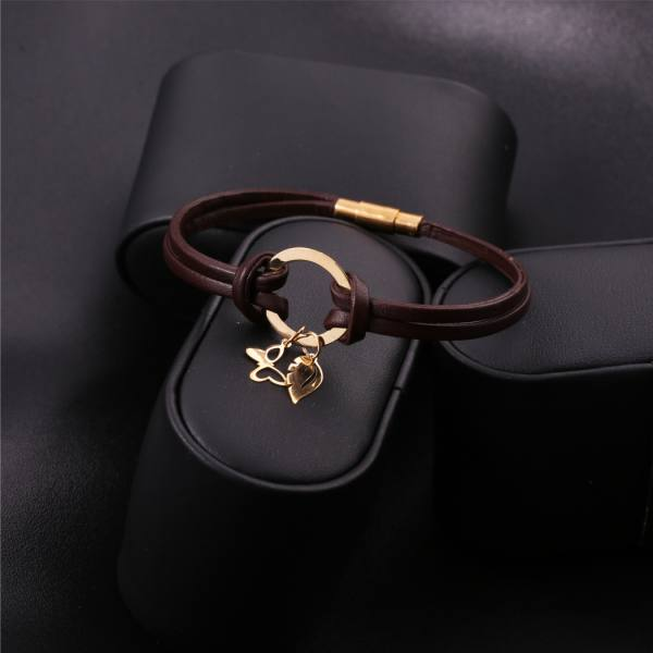 دستبند چرم و طلا D100